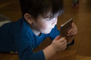 Addictions et stress post-traumatique chez les enfants de pervers narcissiques
